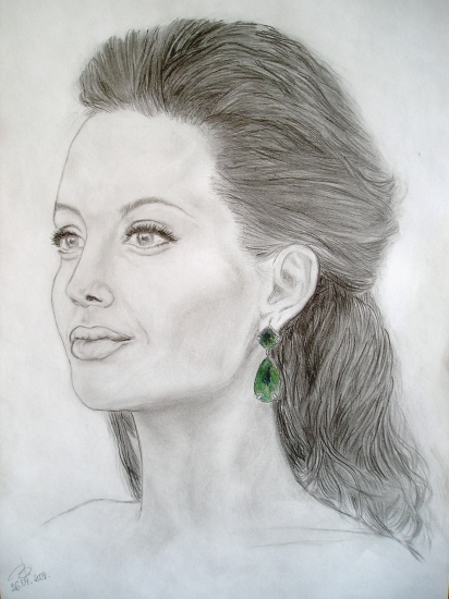 Angelina Jolie by bashya